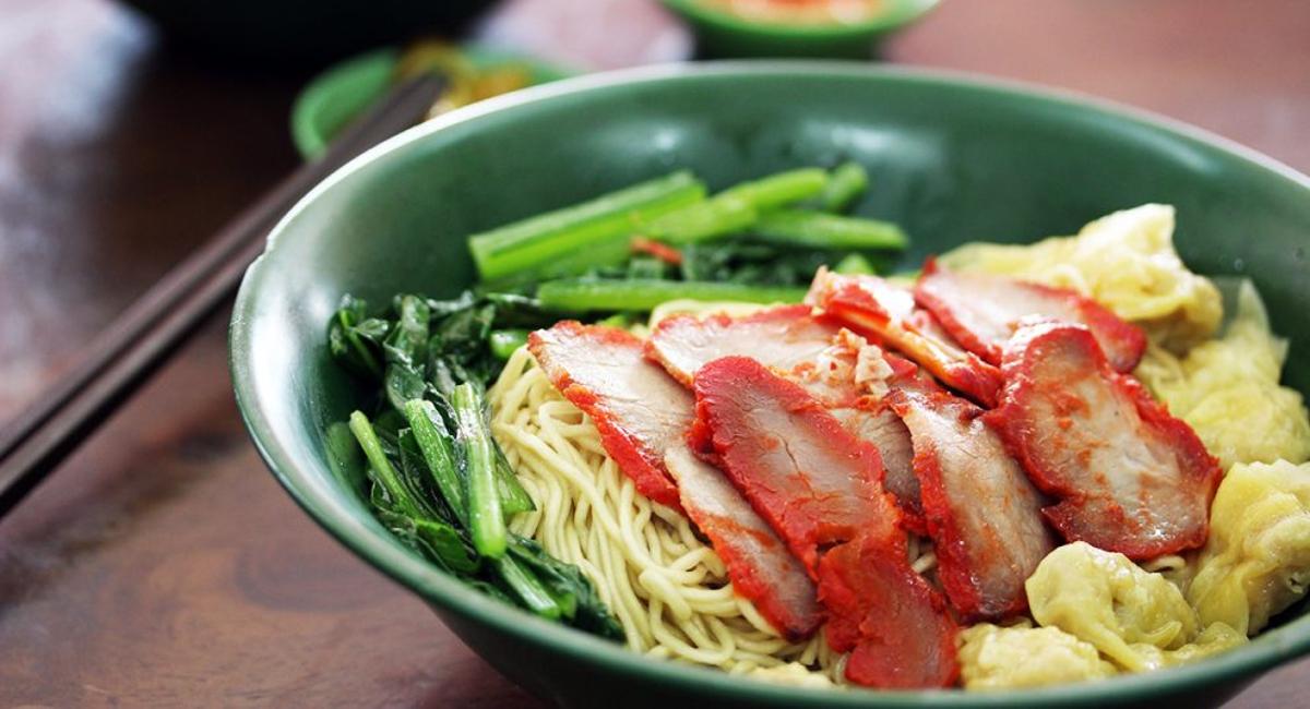 シンガポール食べ歩きログ第3弾:腰のあるワンタン麺